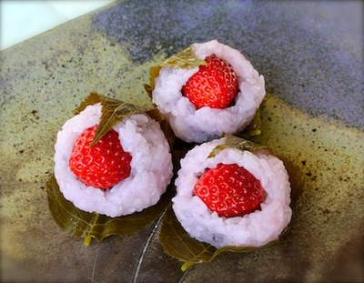いちご桜餅