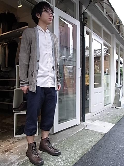 赤 靴 コーデ メンズ 夏