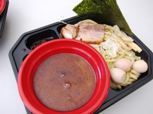 大つけ麺博2013 日本一決定戦2 (大久保公園) あっ晴れ