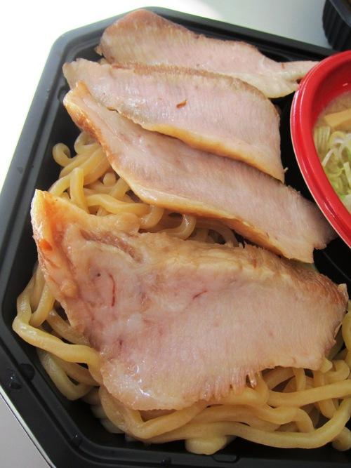 大つけ麺博2013 日本一決定戦2 (大久保公園) 麺 風來堂
