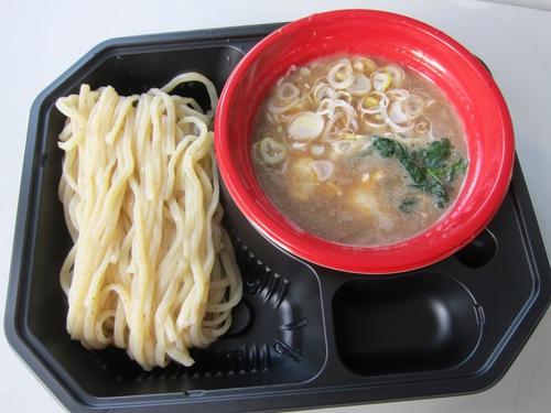 大つけ麺博2013 日本一決定戦2 (大久保公園) 而今
