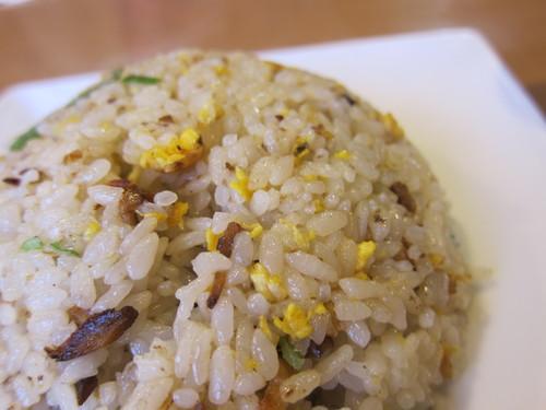日進亭 (平和島) チャーハンとピリ辛味噌