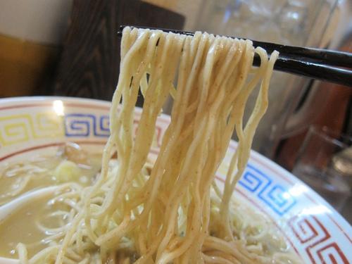 づゅる麺池田 (目黒) アンチョビラーメン