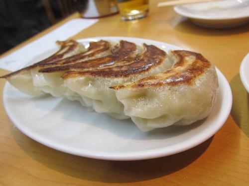 中華珍満 (御徒町) 絶品餃子と焼きそば