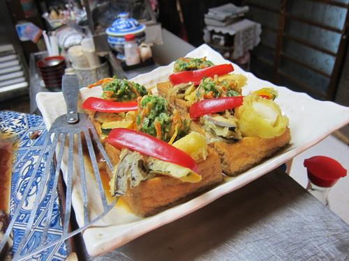 豚太郎 (武蔵小山) お味噌汁とか