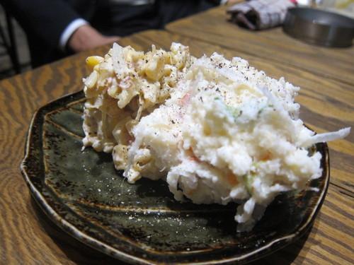 やきとん やんぐ 本店 (板橋) 例のチーズがトロッとしたやーつーを…