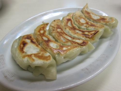 清華 (平和島) 餃子とか人参とか
