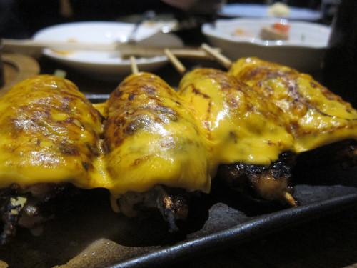 やきとん やんぐ 本店 (板橋) 例のチーズがトロッとしたやつ