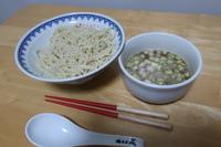 煮干中華そば鈴蘭 (新宿三丁目) テイクアウトつけ麺