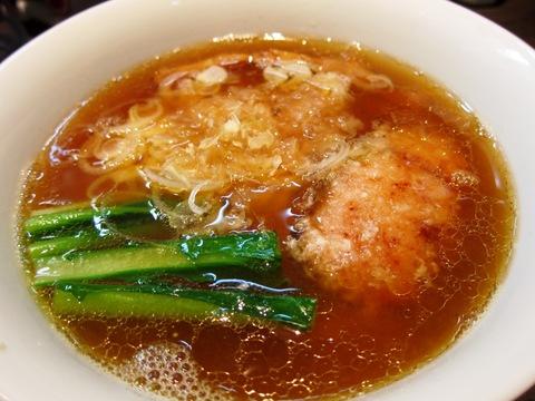 支那そばや本店 (戸塚) まるごと羅臼 鮭らぁ麺 醤油味